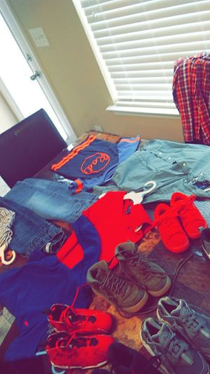 Short sleeve and long sleeve Levis and more for Sale in Nashville, TN