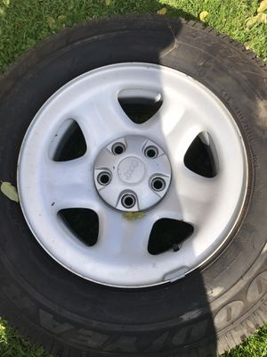75R15. Tires with rims. for Sale in Moravia, NY