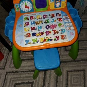 Vtech Learning Desk for Sale in Chino, CA