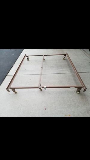 Queen, full or twin size bed frame for Sale in Irvine, CA