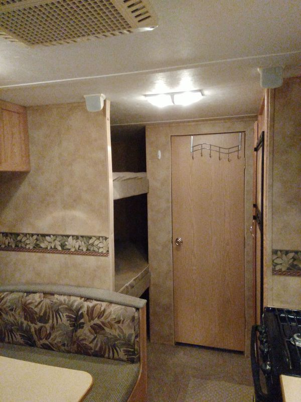 2008 hornet limited 26ft AC awning sleeps 8 $8750