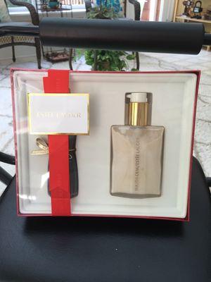 Estee Lauder gift set brand new for Sale in Cumming, GA