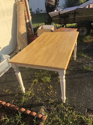 Kitchen table for Sale in Newark, OH