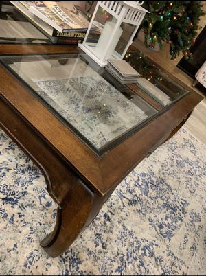Coffee table for Sale in Stanton, CA
