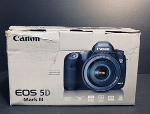Canon 5d mark iii with 50mm 1.8 and 75-300mm lens for Sale in Warren, MI