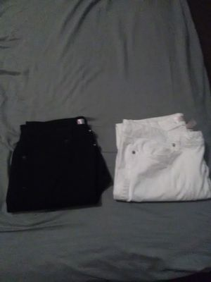 Women's no boundaries pants..size 15 ..$1 each for Sale in Norfolk, VA