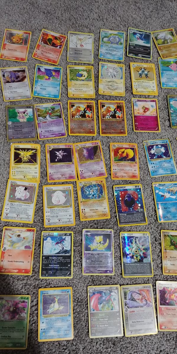 Pokemon Card Collection, 927 cards