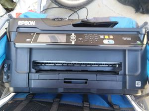 Epson wf-7610 with ink for Sale in Temecula, CA