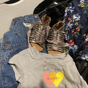 Lot Of Girls Clothing 2t-4t & Shoes for Sale in Los Angeles, CA