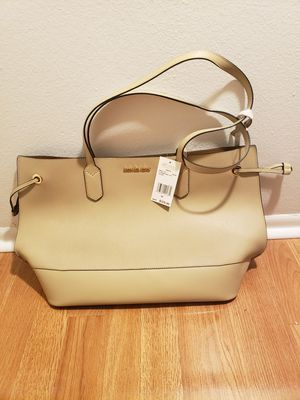 Michael Kors new purse for Sale in Tampa, FL