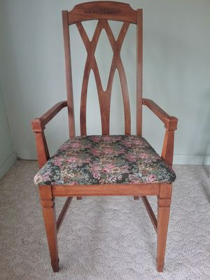 Chair for Sale in Cheboygan, MI