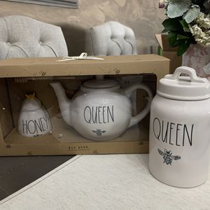 Rae Dunn Queen Bee Tea Pot, Honey Bee Pot and Queen Bee canister for Sale in Chino, CA