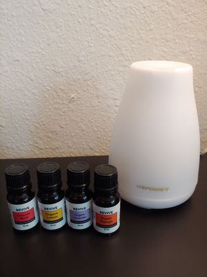 Diffuser and 4 Essential Oils for Sale in Mountlake Terrace, WA