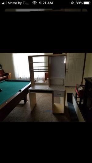 Desk for Sale in Graham, WA