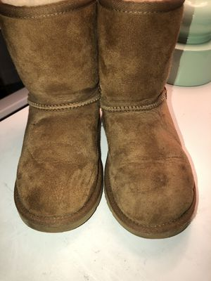 Kids UGG AUSTRALIA BOOTS SIZE 13 for Sale in Stockton, CA