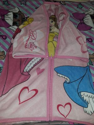 Disney princess snuggle blanket zips up and snaps to be worn like a snuggie. PRICE REDUCED! for Sale in BELLEAIR BLF, FL