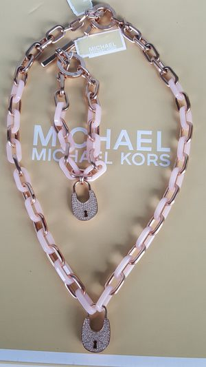 New Authentic Michael Kors Women's Baby Pink With Rosegold Necklace and Bracelet Set 🌸🌸🌸🌸 for Sale in Montebello, CA