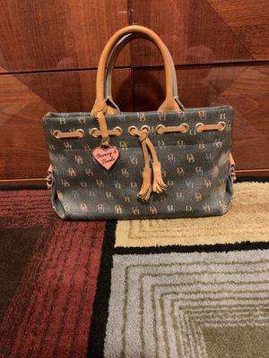 Dooney & Bourke purse for Sale in Bolingbrook, IL