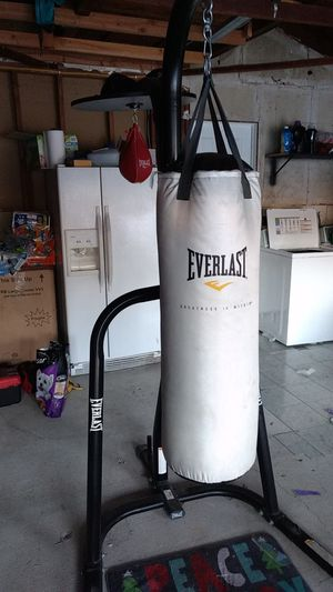 Punching Bag Stand with Speed Bag for Sale in Lakewood, CA