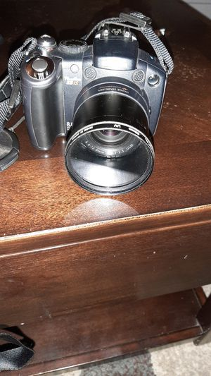 Canon camera for Sale in Bristol, CT