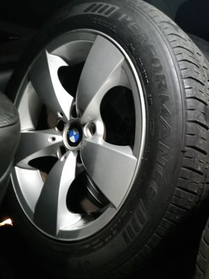 Set of original tires and rims for bmw semi new tires for Sale in Long Beach, CA
