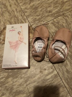 Ballerina shoes for Sale in Falcon, MO