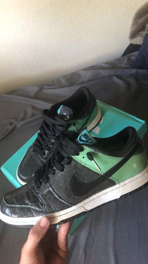 Nike dunk low un-Tiffany for Sale in Elk Grove, CA
