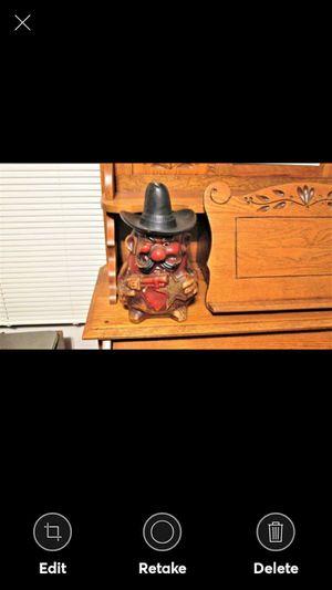 VINTAGE YOSEMITE SAM CERAMIC COOKIE JAR for Sale in Lynchburg, VA