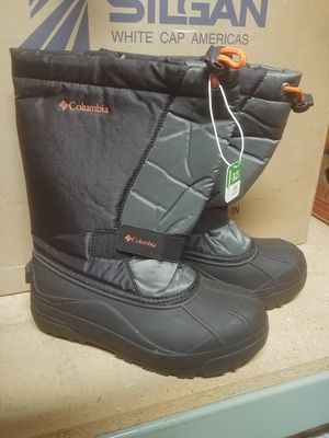 Kid's size 3 Columbia Snow Boots NWT! for Sale in Gibsonia, PA