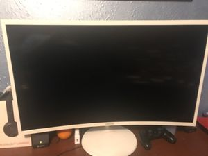 24 inch curved monitor for Sale in Arlington, TX