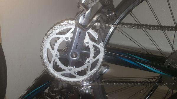 Cannondale mens 51cm road bike. Like new.