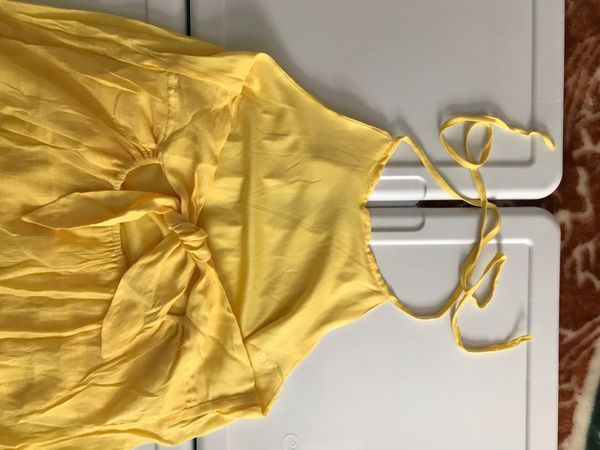 Woman's open back shirtfront long back yellow dress size L