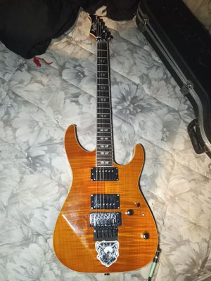 Like new guitar to hard to tune it need something simple for Sale in El Cajon, CA