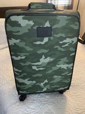 Victorias Secret PINK Camo Luggage for Sale in Rancho Cucamonga, CA
