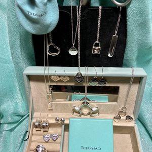 Tiffany's Jewelery for Sale in Phoenix, AZ