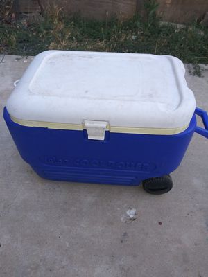Cooler for Sale in Morada, CA