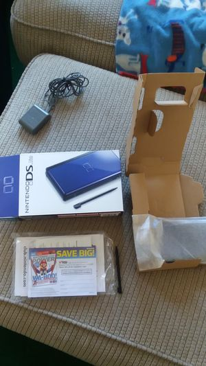Nintendo ds lite 2006 brand new in box never used for Sale in Sykesville, MD