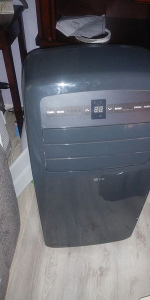 LG portable air conditioner for Sale in Milwaukie, OR