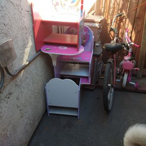 Toddler Desk for Sale in Commerce, CA