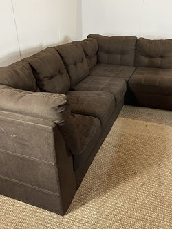 Brown Sectional Couch Sofa *Free Delivery* for Sale in Cherry Hill,  NJ