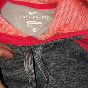 Womens Nike Sweaters for Sale in Berwyn, IL