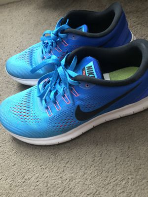 Women's Nike shoes size 7 for Sale in El Paso, TX