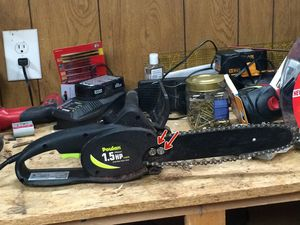 Poulan 1.5hp electric saw works perfectly for Sale in Herndon, VA