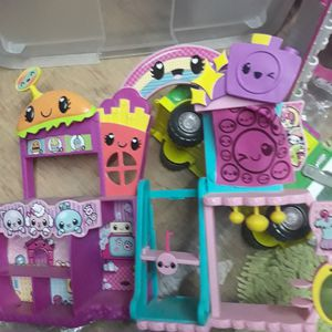 Shopkins Playset and toys for Sale in Carmichael, CA