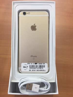 Factory unlocked clean new condition with warranty Iphone 6S! 3 colors Available for Sale in TEMPLE TERR, FL