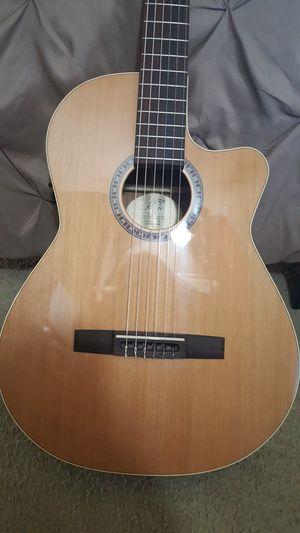 LaPatrie Concert CW classical guitar for Sale in Hemet, CA