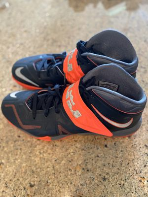 Nike LB (Lebron James shoes) for Sale in Boynton Beach, FL