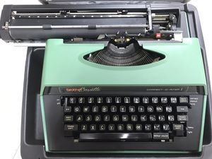 Vintage brother mint green typewriter OFFER UP for Sale in Boynton Beach, FL