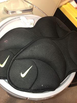 NIKE Ankle weights (5lb each) for Sale in Lorton, VA