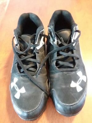 Under Armour Men's Baseball Cleats, size 9.5 for Sale in Newport, ME